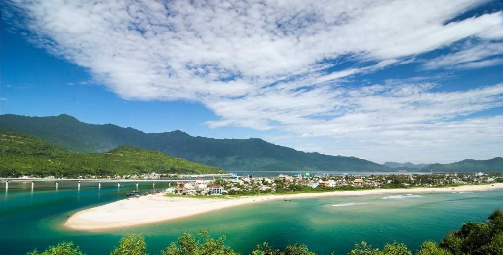 Lang Co beach Hue- Culture Pham Travel
