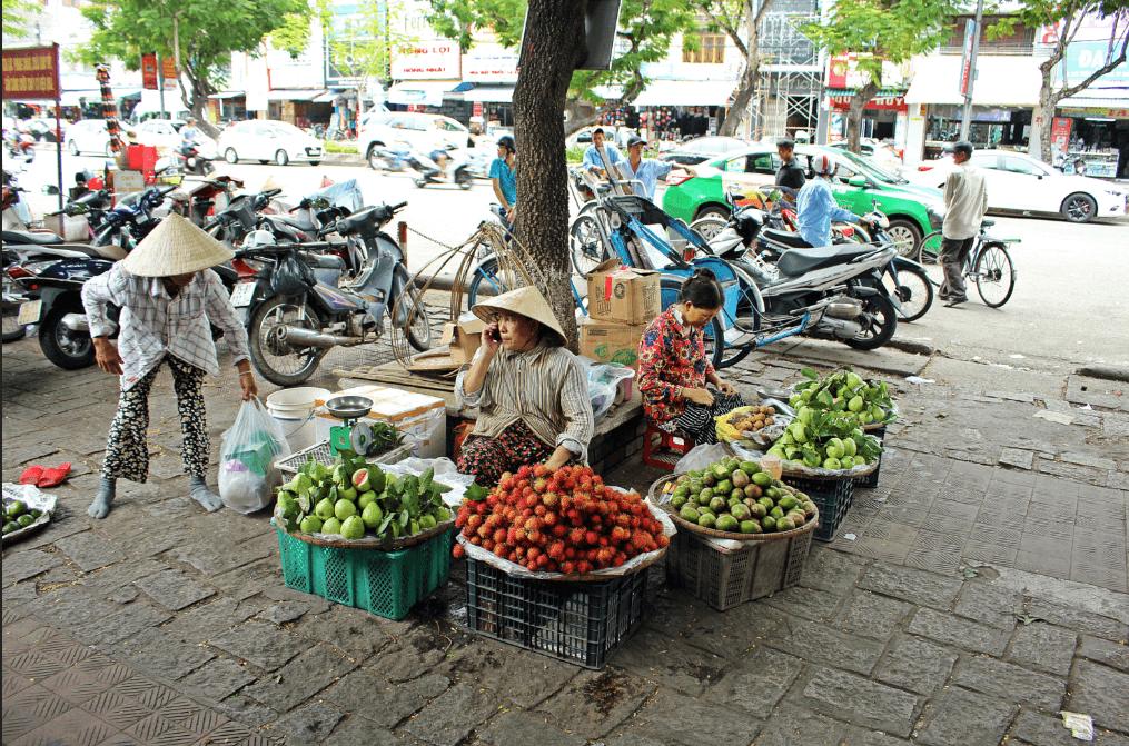 Dong Ba market- Hue- Culture Pham Travel