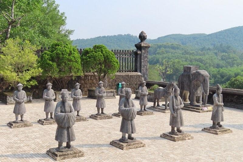 Hue Imperial city - Khai Dinh tomb - Hue tours
