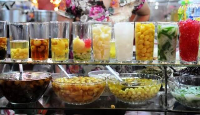 Sweet soup at Dong Ba market