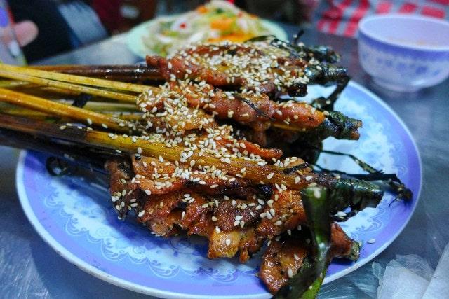 Dong Ba street food