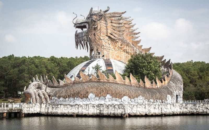 The huge dragon at Ho Thuy Tien