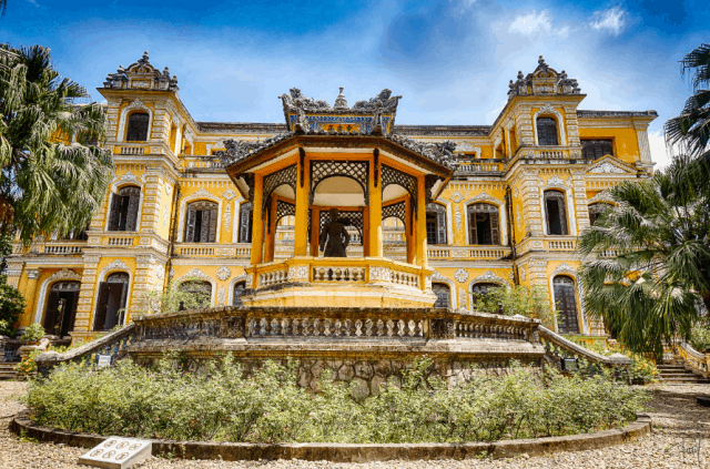An DInh Palace Hue- Culture Pham Travel