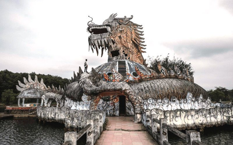 Ho Thuy Tien abandoned water park Culture Pham Travel