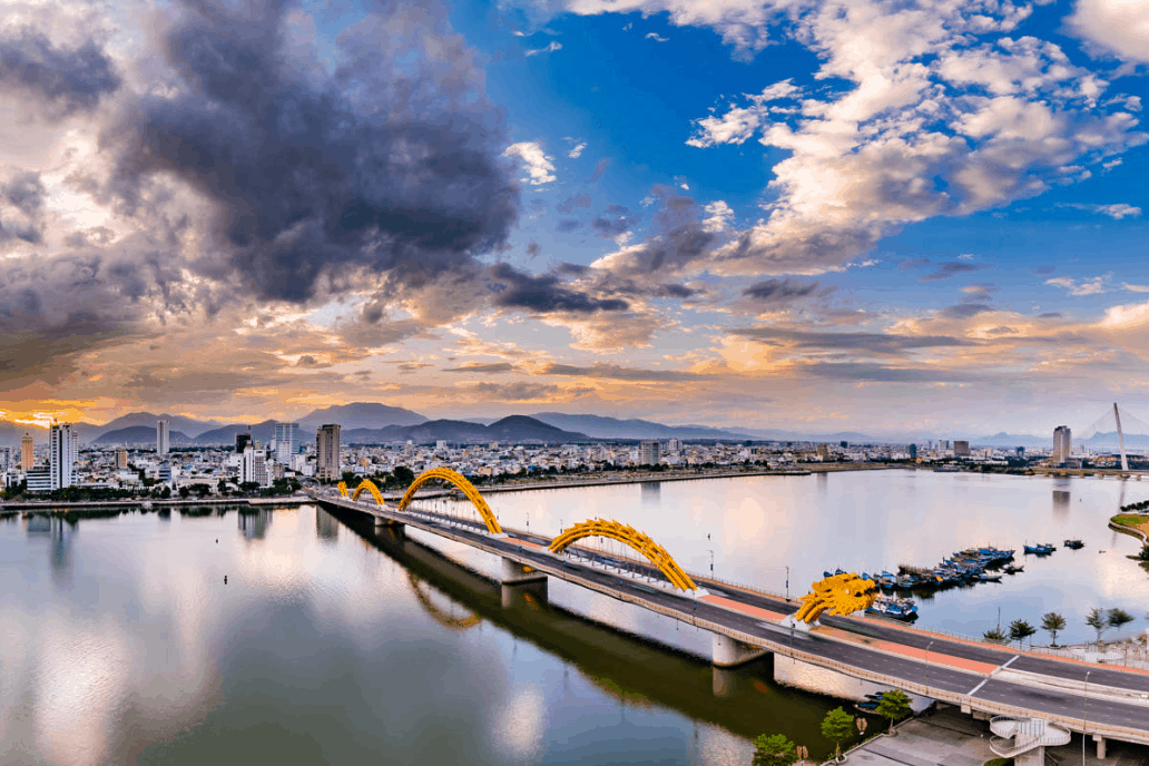 Da Nang city- Culture Pham Travel
