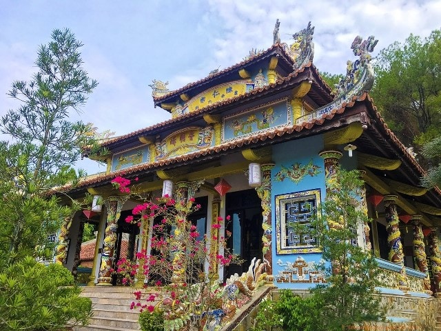 Tran Nhan Tong King Shrine