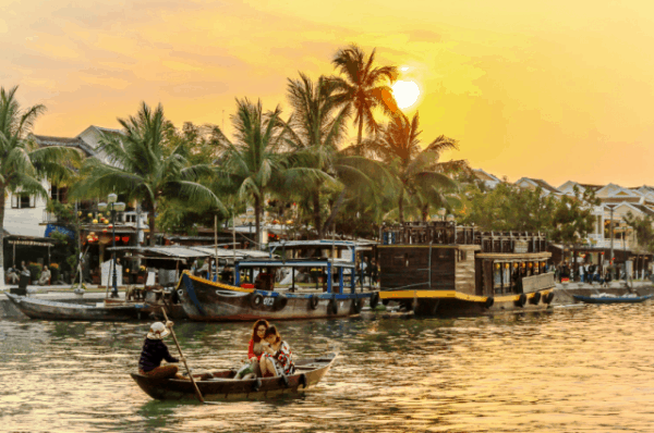 Essential Vietnam Tour 10 days- Culture Pham Travel