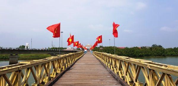 Hue-DMZ-Tour-Culture-Pham-Travel