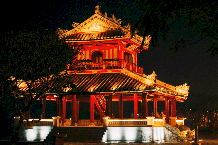 Things to do in Hue at night- Culture-Pham Travel