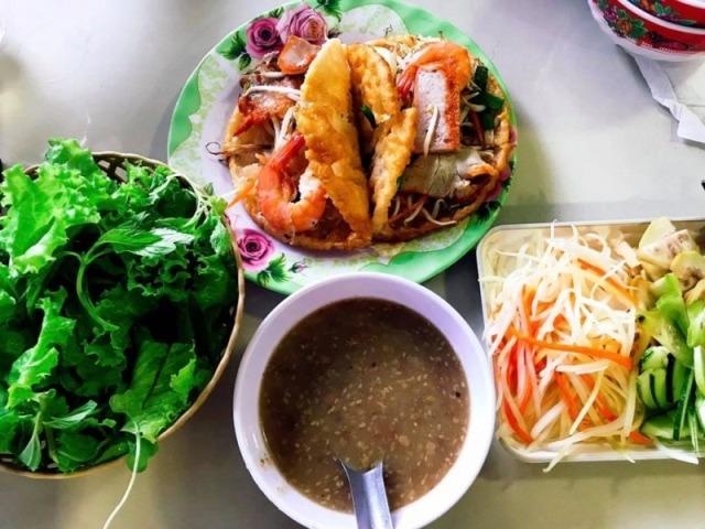 Hue food tour- Culture Pham Travel