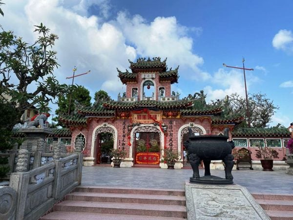 Hoi An walking tour- Culture Pham Travel