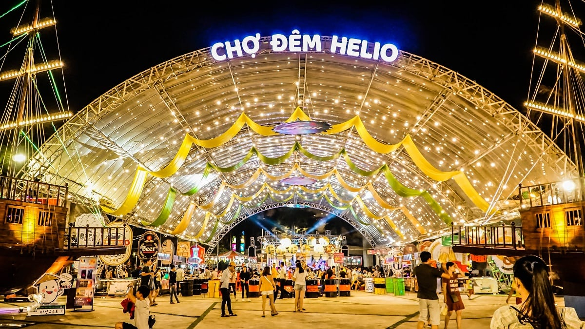 Helio Night Market- Things to do in Danang- Culture Pham Travel