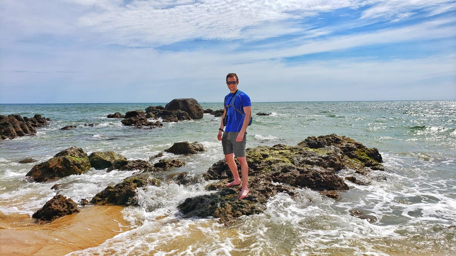 Hue-beaches-Top-5-most-beautiful-beaches-in-Hue-Culture-Pham-Travel