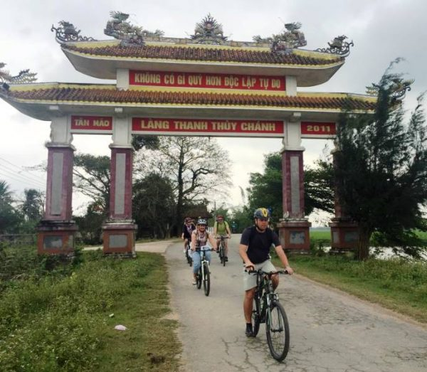 Hue cycling tour to Thanh Toan Bridge- Culture Pham Travel