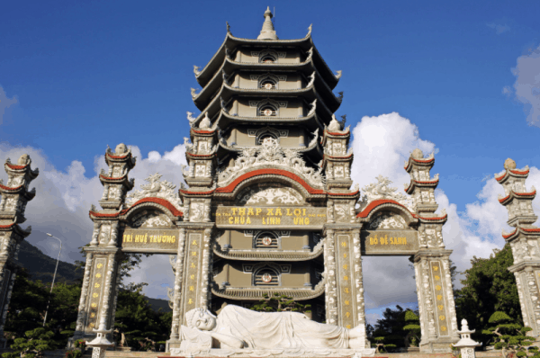 Xa Loi Tower- Linh Ung pagoda- Da Nang city tour