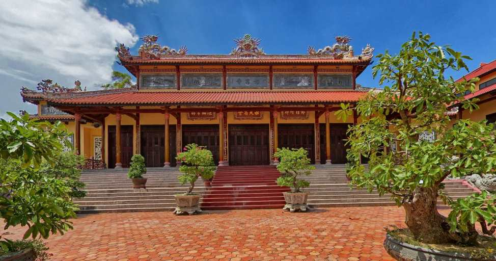 Top 4 most beautiful pagodas in Hue- Culture Pham Travel