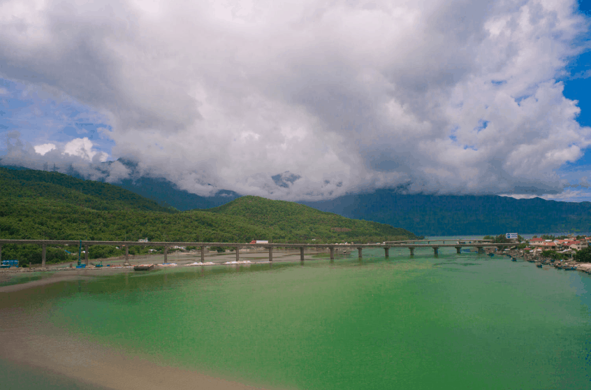 Top 5 most beautiful beaches in Hue- Culture Pham Travel