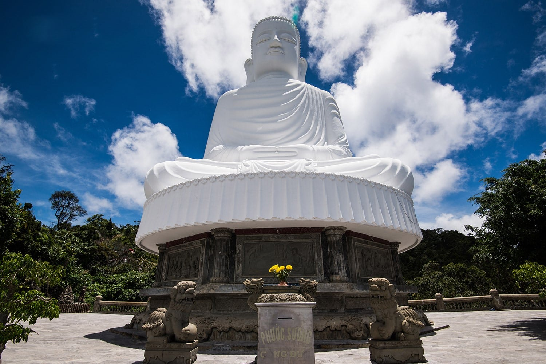 Buddha statue- Linh Ung pagoda