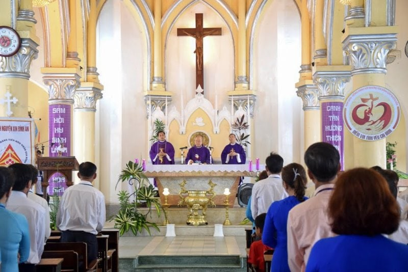 Da Nang Cathedral- Culture Pham Travel