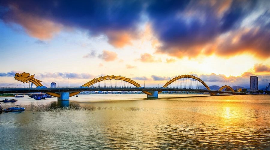 Dragon Bridge Da Nang- Culture Pham Travel