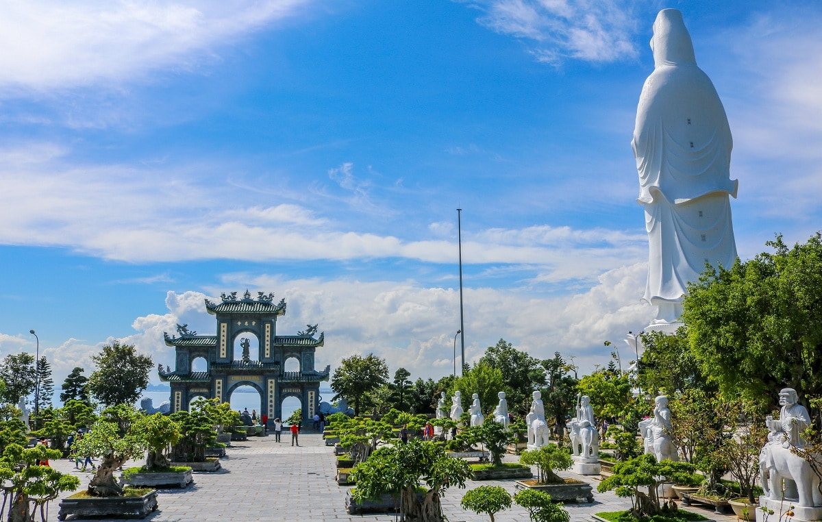 Hoi An to Monkey Mountain By Private Car