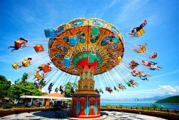 Hoi An to Vinpearl Land By private car- Culture Pham Travel