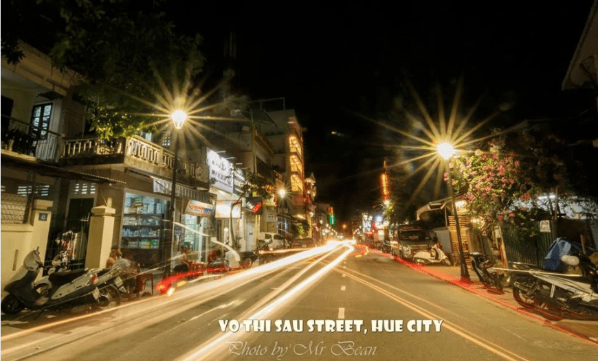 Hue Night Walking Street- Culture Pham Travel