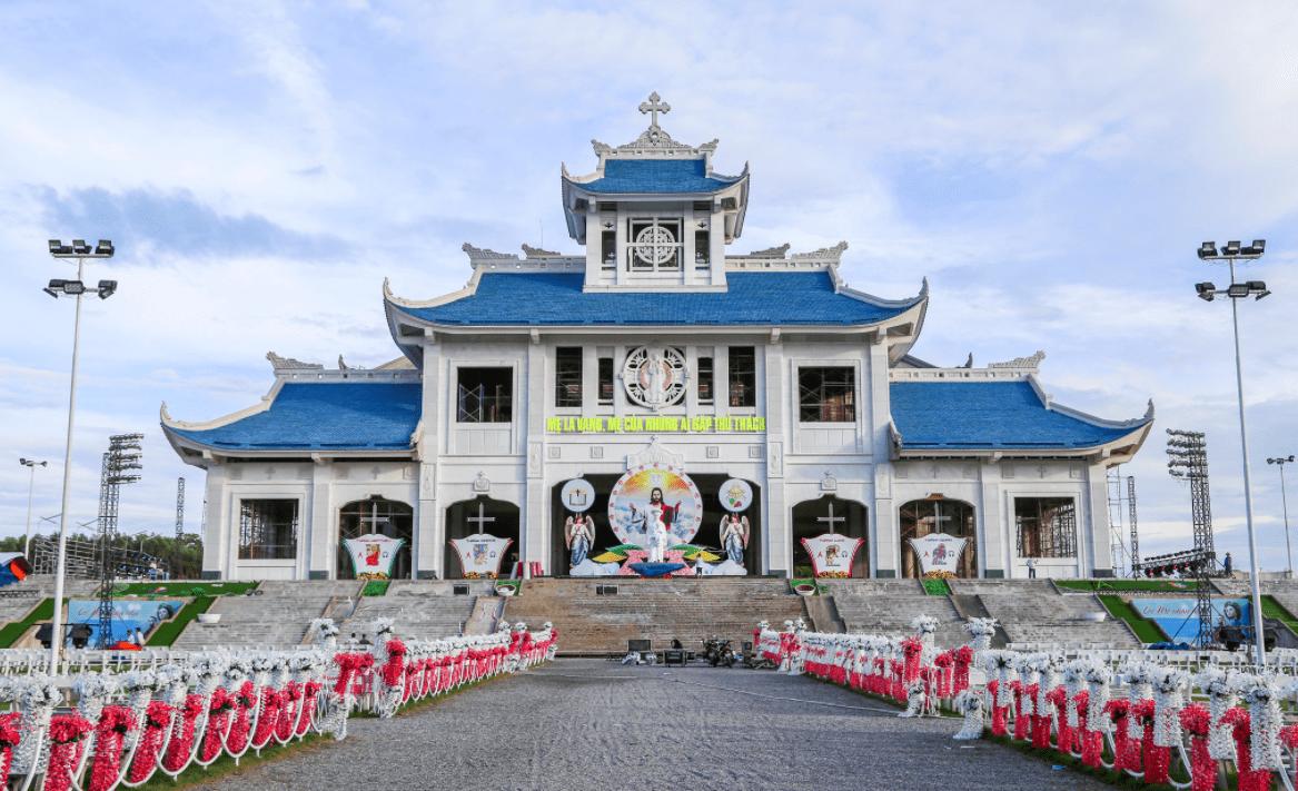 Hue to Phong Nha- Culture Pham Travel