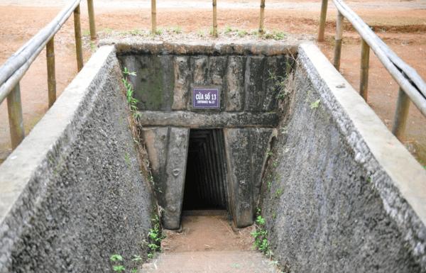 Hue DMZ Tour- Culture Pham Travel