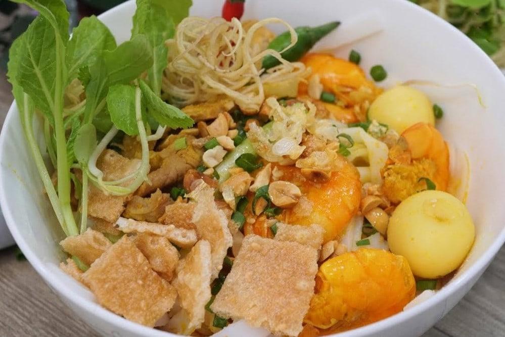 Quang Noodle- Culture Pham Travel